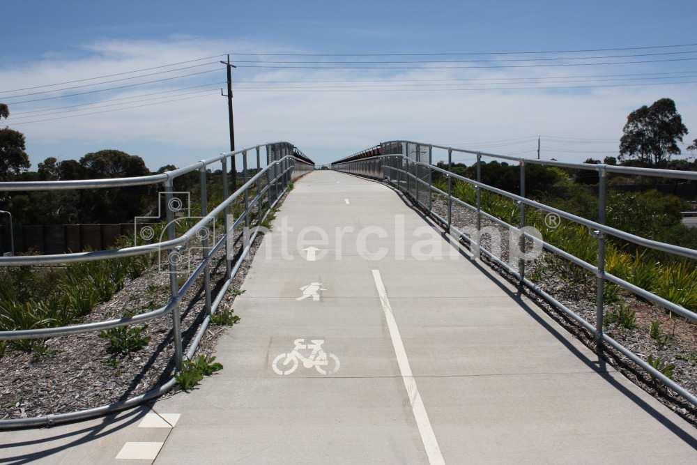 /media/402328/peninsula-link-cycle-path-13.jpg